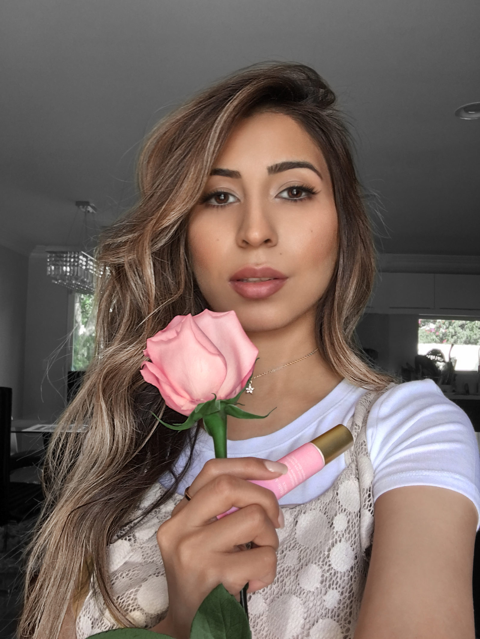 IMG_0176 PINK ROSE IPHONE SELFIE_R