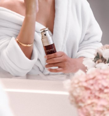 THE MOST POWERFUL ANTI-AGING CONCENTRATE – CLARINS DOUBLE SERUM