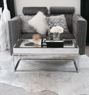 HOW TO STYLE YOUR COFFEE TABLE SPACE WITH A TOUCH OF LUXE!
