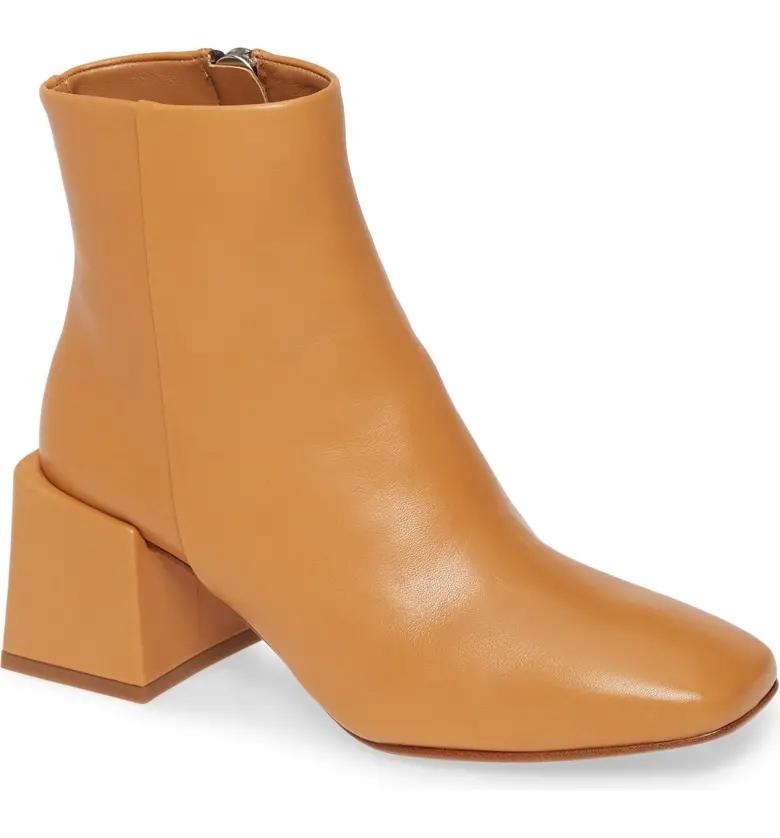Geometric Boot