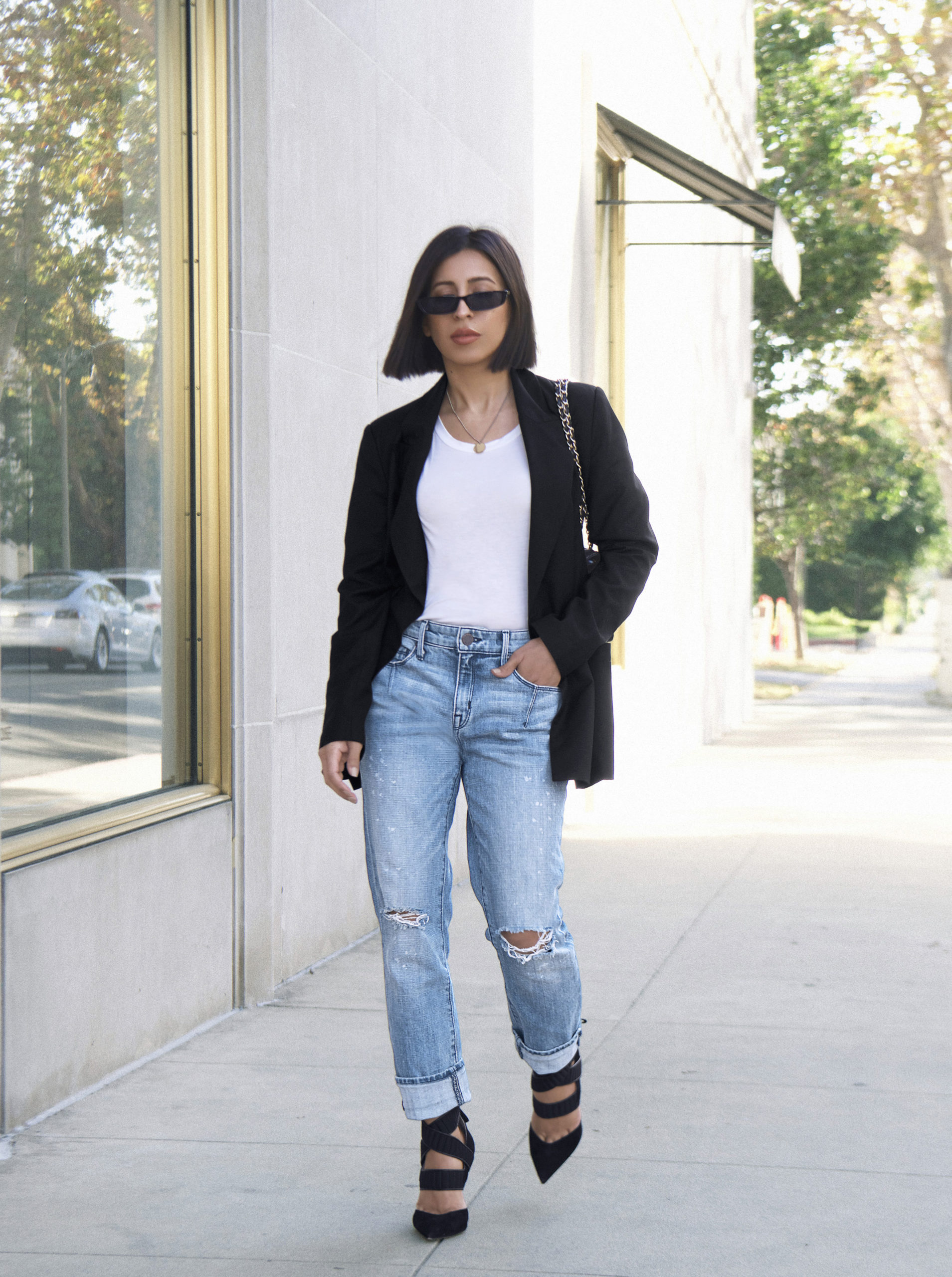 5 Stunning Ways To Style The Chicest Anti-Skinny Jeans For Spring – Summer 2021