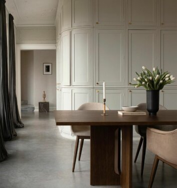 Earthy Tones And Edgy Interior For An Utterly Modish Abode